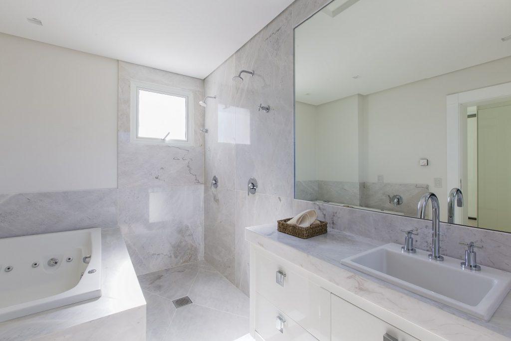 Marmore Branco Parana Classico - Banheiro