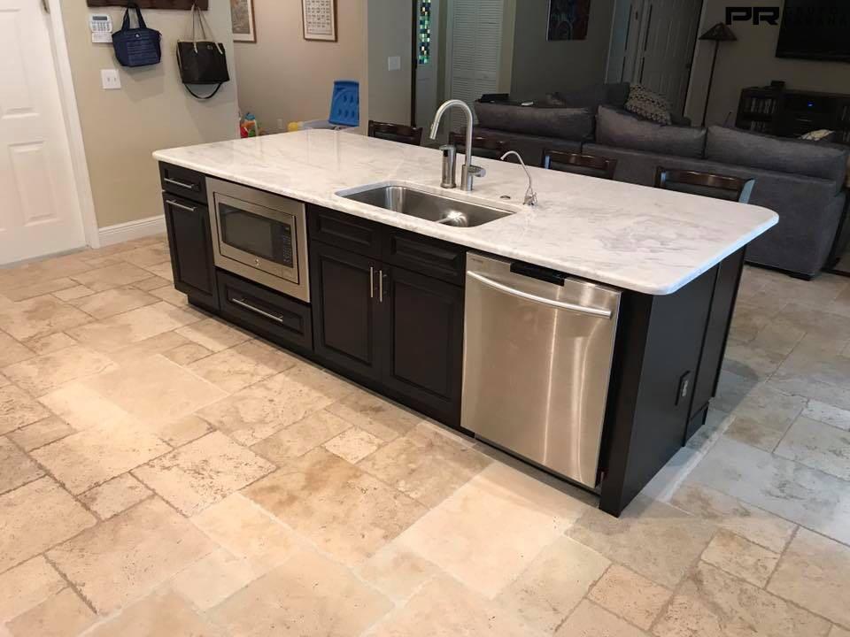 Cozinha em Marmore Branco Parana - Perlato