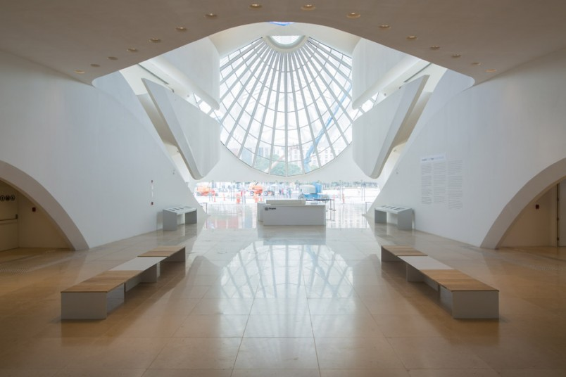 Mármore Crema Riviera - Museu do Amanhã